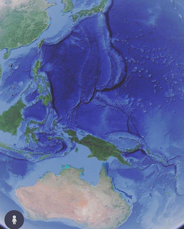 今日一番驚いたことだいぶ昔に食べ過ぎた説だって何緑のデカイ島そんなのOGの上に見えてなかった新大陸ですか?🤣